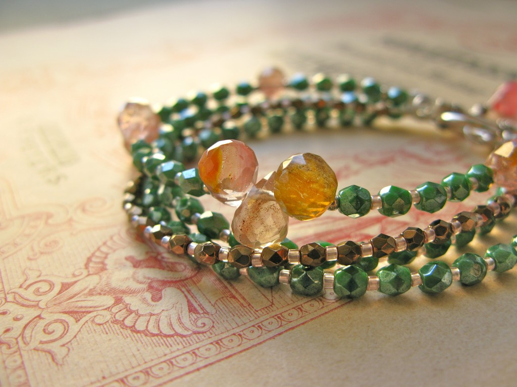 Scent of Summer 4-string bracelet 2